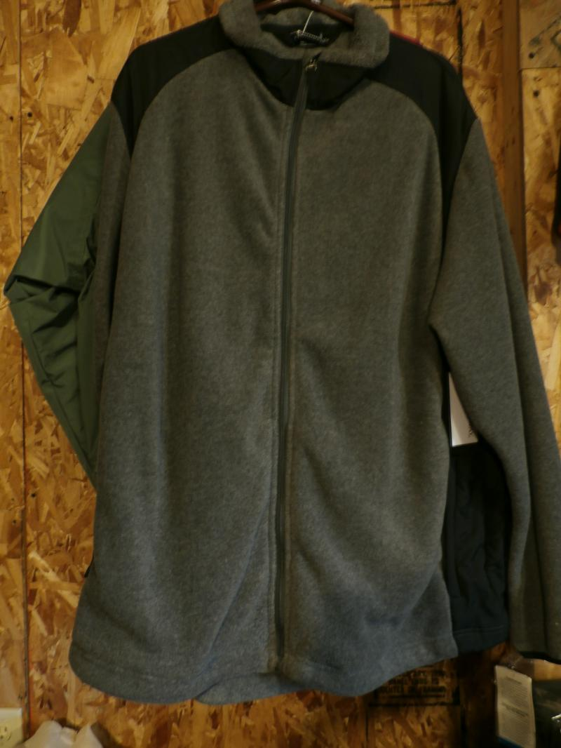 Holloway Fleece Charcoal & Black xlarge $30.00 Awsome Garment