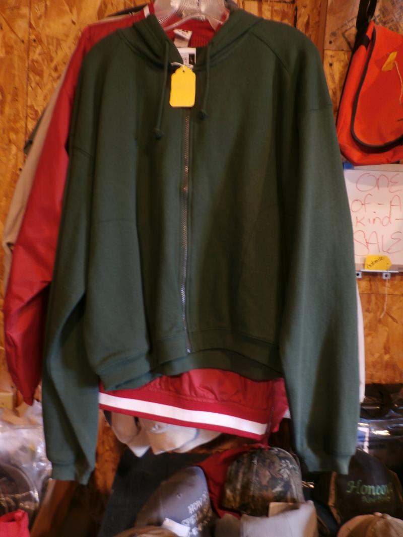 BAdgers ladies full zip Ladies cut and shirter then average Size Large Forest gr